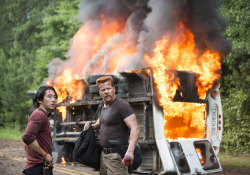 the-walking-dead-episode-505-glenn-yeun-abraham-cudlitz-935