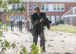 the-walking-dead-episode-508-gabriel-gilliam-935