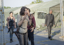 the-walking-dead-episode-508-maggie-cohan-glenn-yeun-935